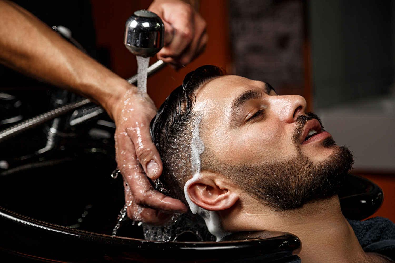 Frisörbesuch nach Haartransplantation