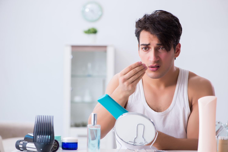 Haarausfall nach Haartransplantation